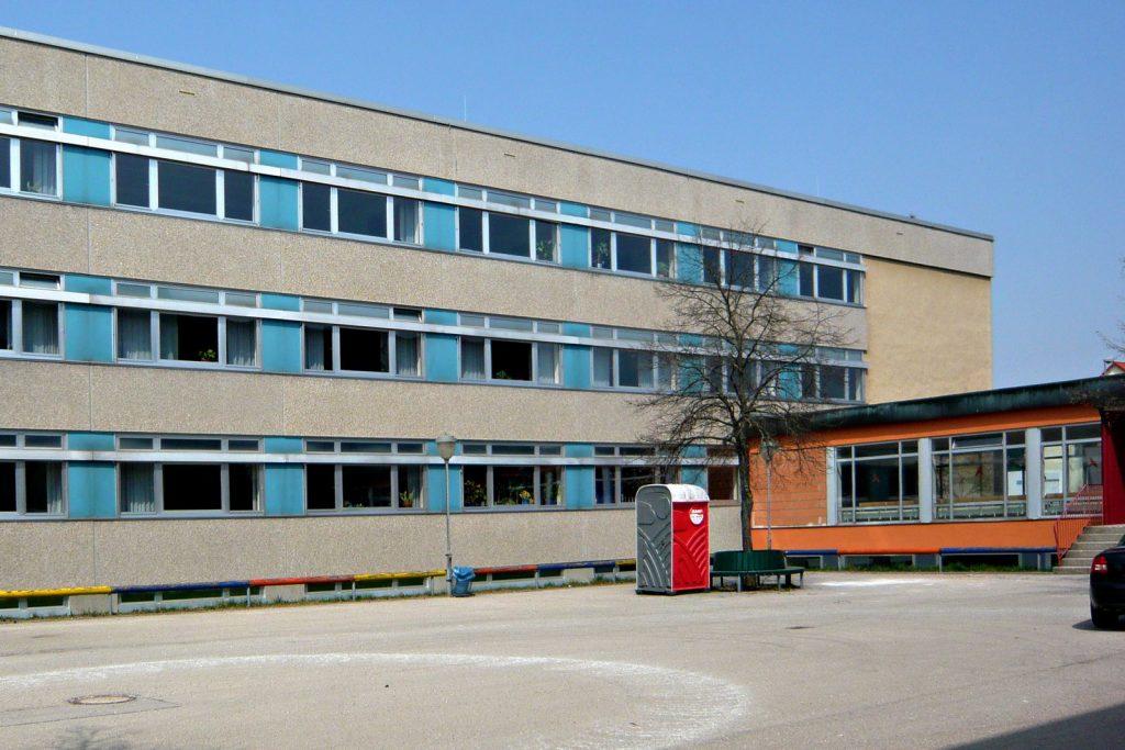 Innenhof der Schule Nord vor der Sanierung
